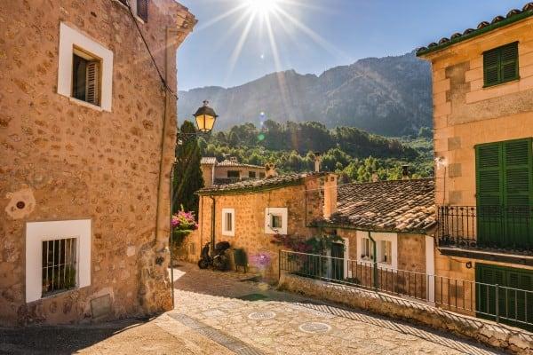 Как выглядит Испанская Деревня сегодня