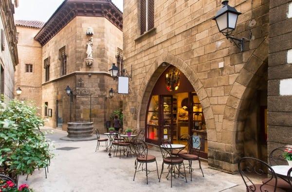 Места где можно перекусить в Испанской Деревне