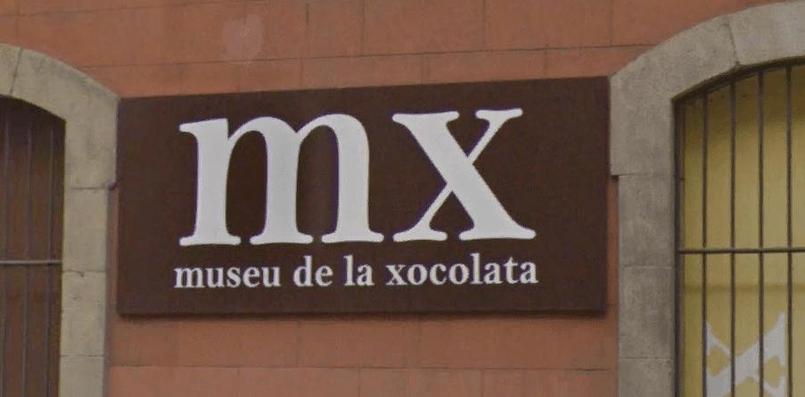 Вывеска музея шоколада в Барселоне