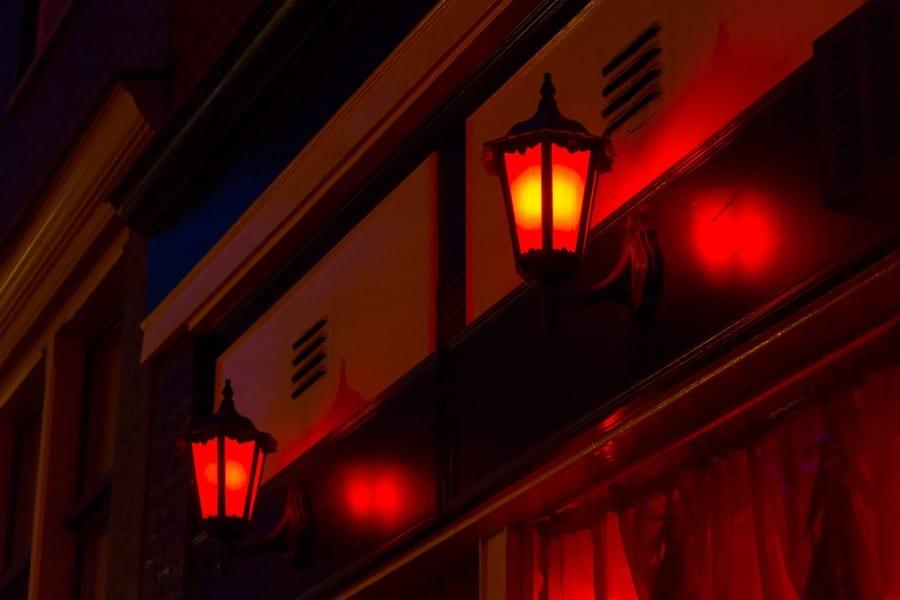 Квартал красных фонарей в Брюсселе