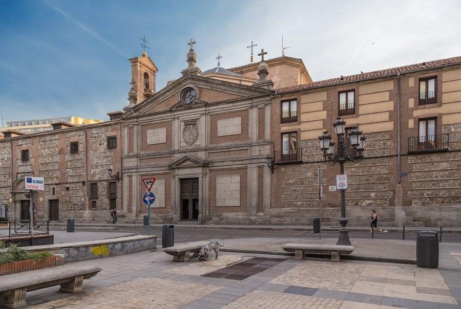Монастырь Дескальсас Реалес в Мадриде