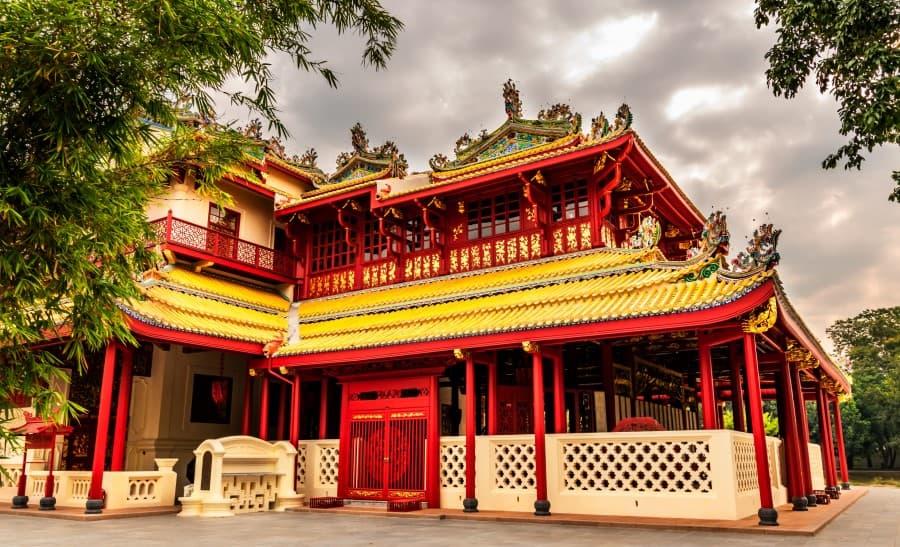 Основное здание Дворца Банг Па Ин в Таиланде