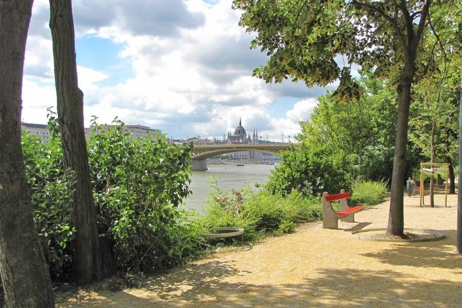 Парк на острове Маргит в Будапеште