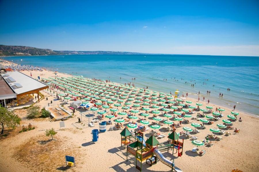 Центральный пляж Золотые Пески в Болгарии