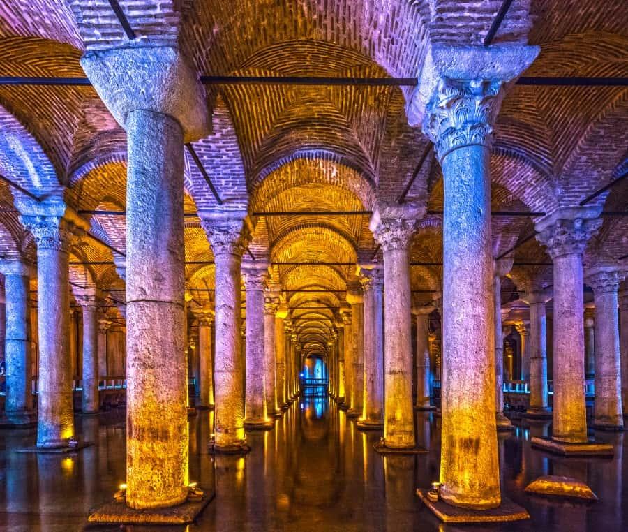 Цистерна Базилика в Стамбуле в Турции