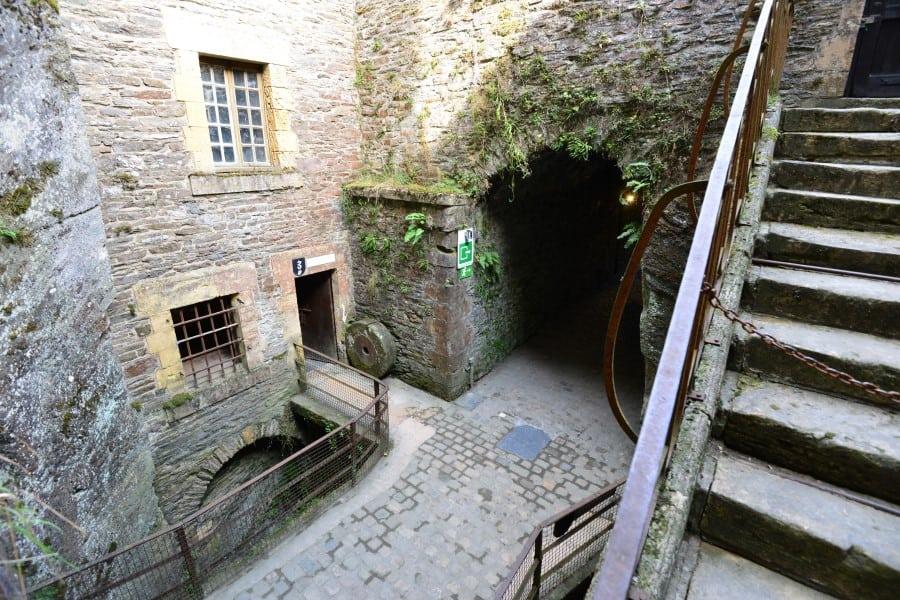 Внутренний дворик Буйонского замка