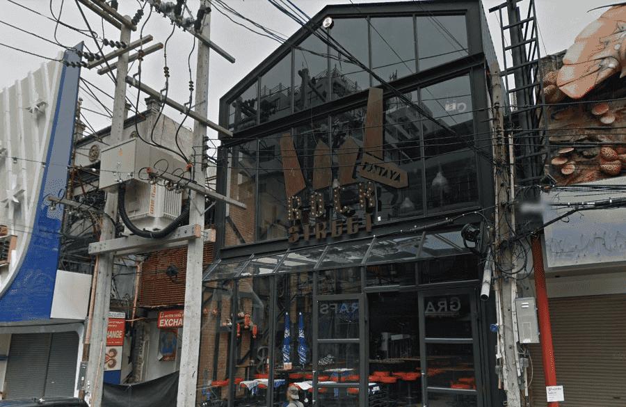 Волкин-стрит в Паттайе одно из заведений на улице