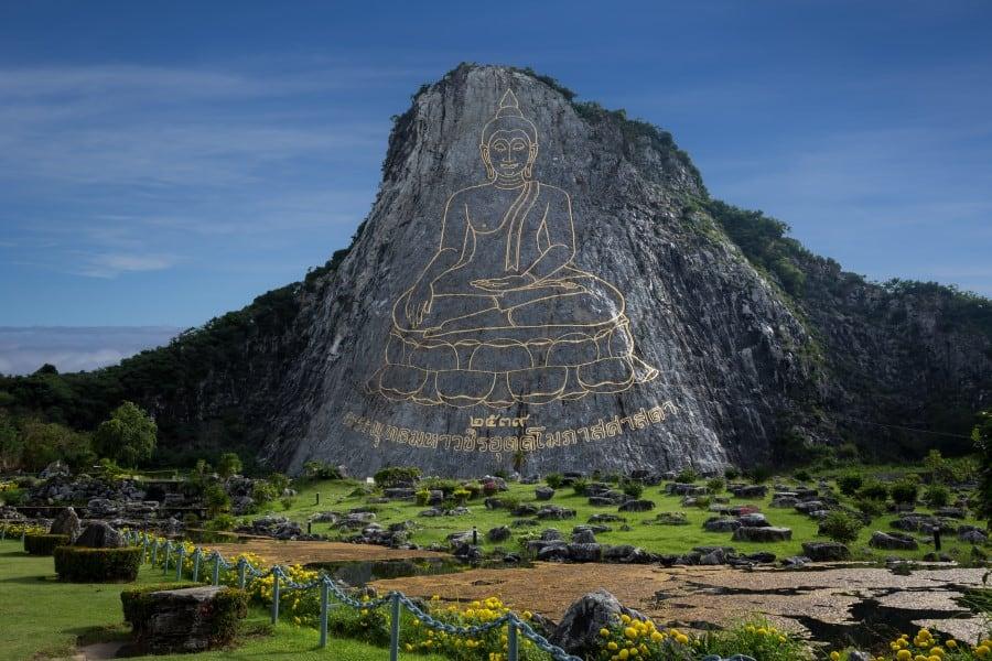 Гора Золотого Будды (Кхао Чи Чан) в Паттайе