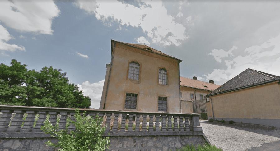 Музей Кишцелли замок снаружи