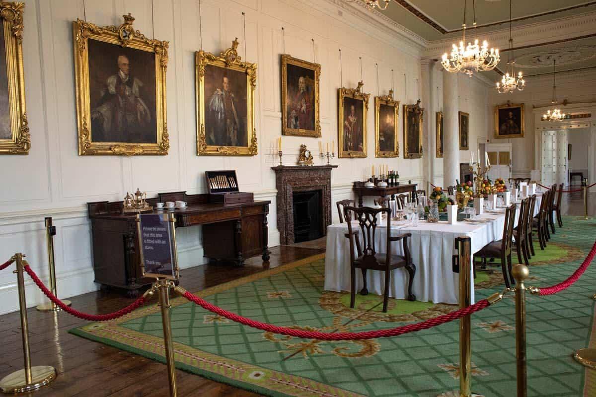 Обеденный зал в Дублинском замке