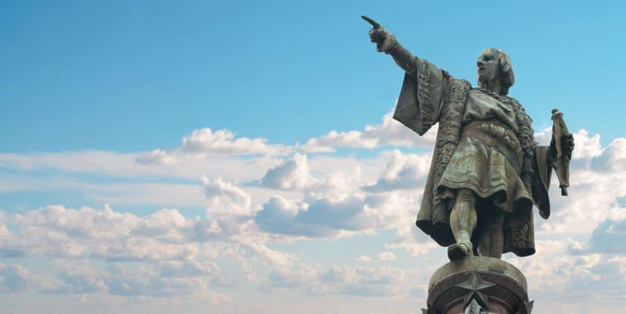 Памятник Колумбу в Барселоне (Испания)