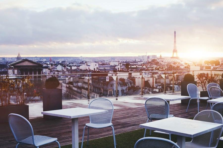 Проживание в Париже