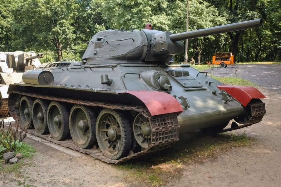 Танк Т-34 в Музее Войска Польского
