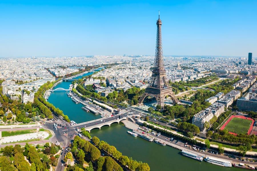 Вид на Париж из парка Рене Дюмона