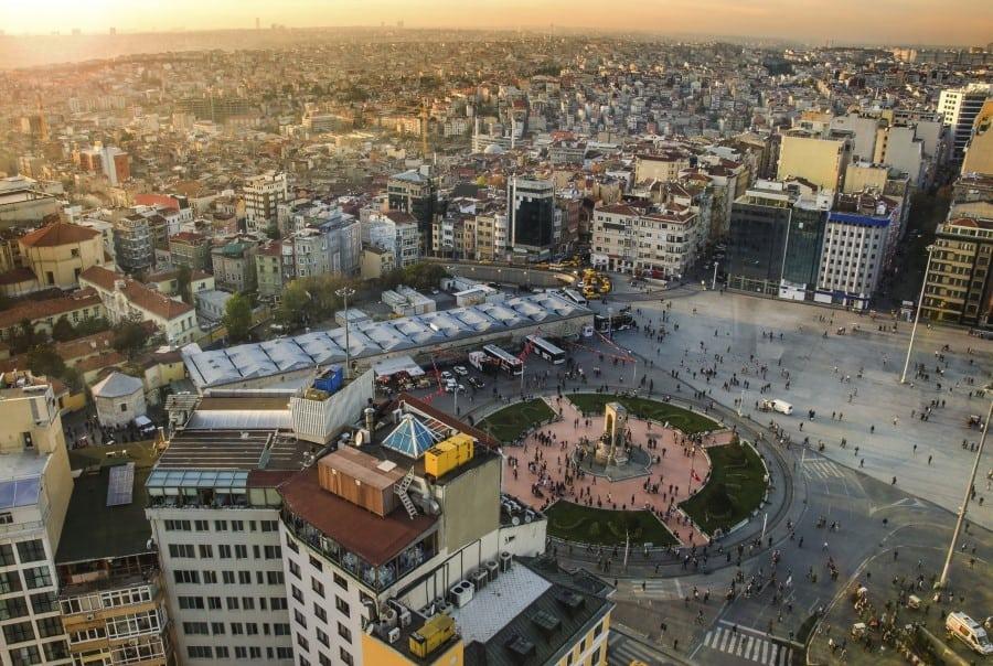 Вид сверху на Площадь Таксим в Стамбуле