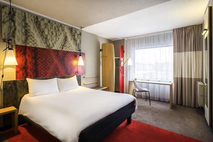 Кровать в Ибис отель в Домодедово